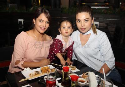 Alondra, Liah y Mónica.