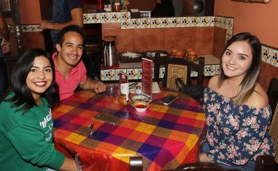 Vania, Marco y Paloma.