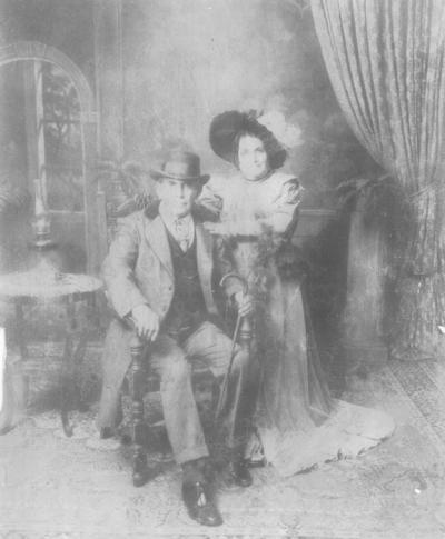 19082018 Don Manuel Robles y doña María Carmen Gurrola Aldama en 1960 en Los Ángeles, California.