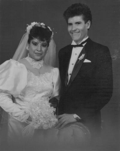 19082018 Sra. Lorena Santos Herrera y Sr. Juan Burciaga, el 22 de julio de 1989.