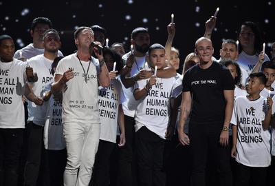 Logic y Ryan Tedder realizaron el musical One Day.