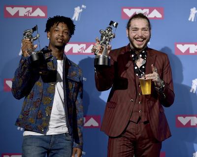 Canción del año: Rockstar, Post Malone con 21 Savage.