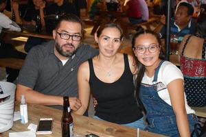22082018 Carlos, Selene y Luisa.
