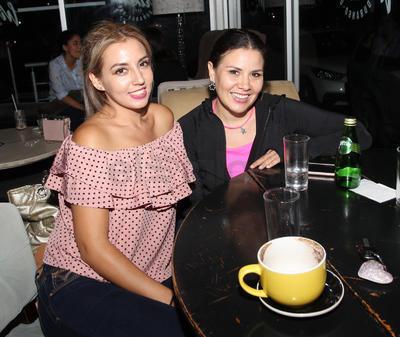 Sara y Andrea.