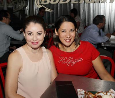 Ingrid y Gaby.