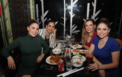 Yemeli, Cecilia, Rubria y Gaby.
