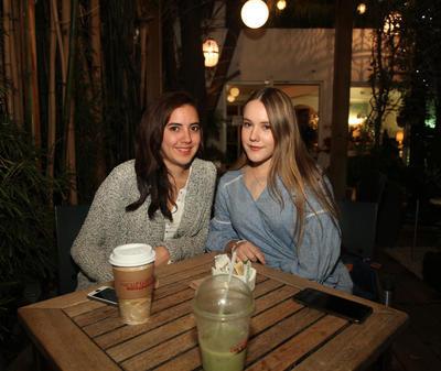 Arianna Zúñiga y Paola Jurado.
