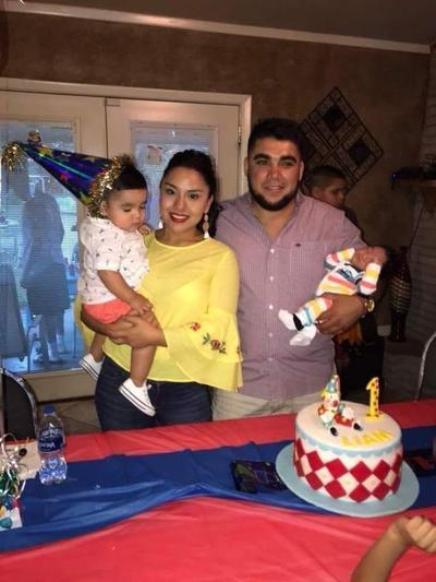23082018 Johaira Castro y Gerardo Godoy con Liam y Matías.