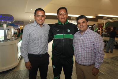 Heriberto Ramón Morales, Rogelio Rodríguez y Julio Estrada.