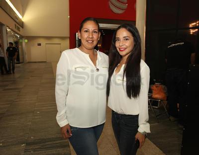 Thania Arreola y Michele Celaya.