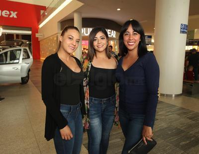 Leslie Obregón, Ruth Arreola y Mónica Vargas.