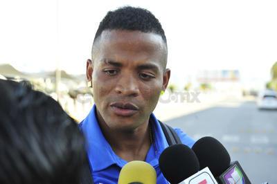El colombiano Andrés Rentería, quien se descartó para el choque de hoy por un problema muscular, dijo sentirse contento de volver a Torreón.