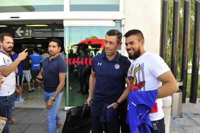 La afición se mostró contenta con el técnico lusitano y esperan sacar un buen resultado en la cancha del Estadio Corona.