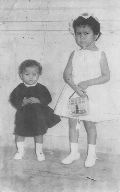 26082018 Lily y Mona Martínez Durán, hace 57 años.