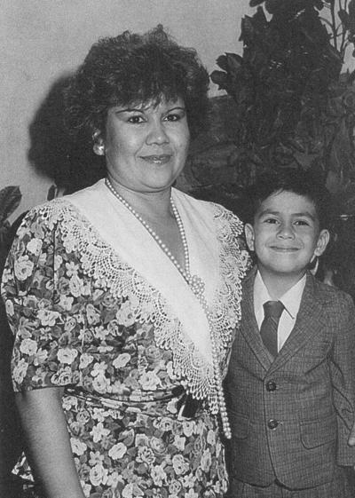 26082018 Luis Carlos Márquez Martínez con su mamá, Ramona Elsa, hace varios años.