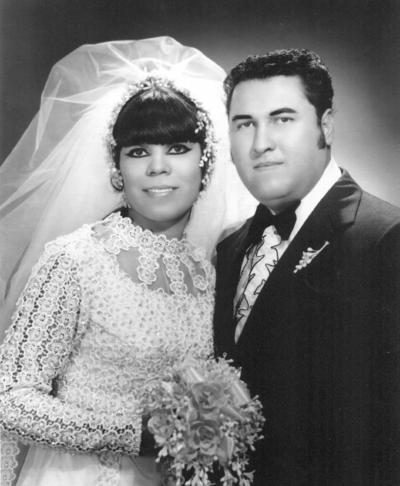 26082018 Ma. del Rosario Rodríguez Ortiz y Raúl Zugasti Reyes, hace 46 años.