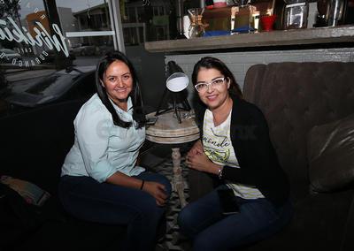 Salma Ortega y Marce Herrera.