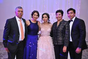 28082018 Germán y Aracely con Erika, Luciana y Carlos.