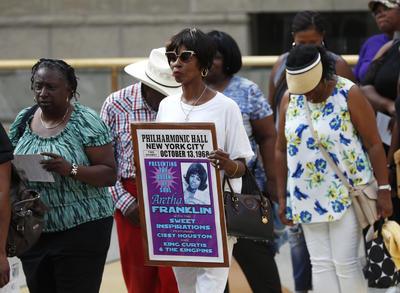 """El funeral privado de la intérprete de temas como """"Respect"""" y """"Spanish Harlem"""" se llevará a cabo el viernes 31 de agosto en el Greater Grace Temple, inmueble que ha sido punto de encuentro para homenajear a personas notables originarias de la llamada """"Motor City"""", entre ellos el barítono Levi Stubbs, la activista de los derechos humanos Rosa Parks y el jazzista Marcus Belgrave."""