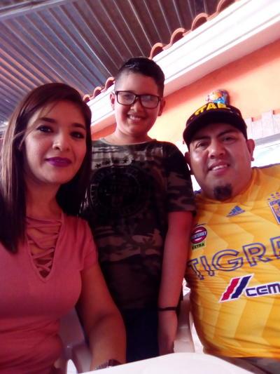 30082018 Carmen, Rodrigo y Jesús.