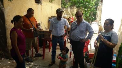 Autoridades estatales como Gerardo Berlanga Gotes, Inocencio Aguirre Willars y Roberto Bernal Gómez, secretarios de Infraestructura, Desarrollo Social y Salud, respectivamente, estuvieron en Piedras Negras.
