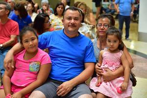 01092018 Lupita, Javier, Esperanza, Josefina, Pedro, Dana y Karen.