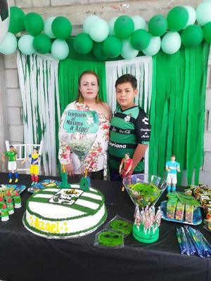 01092018 FELIZ CUMPLEAñOS.  Azael con Elizabeth Ponce.
