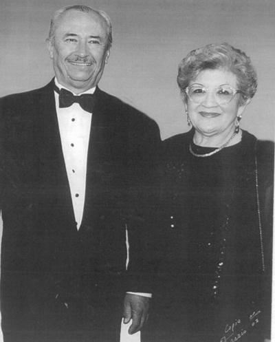 02092018 Eliseo Jesús González García y María Elena Chairez de  de Ugarte.