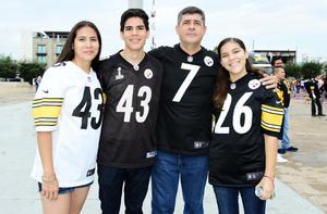 03092018 Fabiola, Benjamín, Daniel y Fernanda.