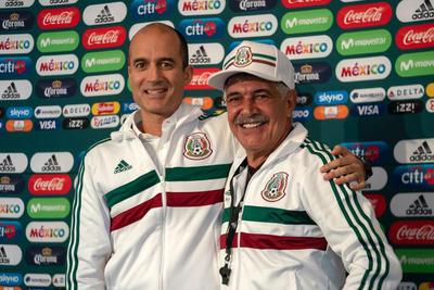 Guillermo Cantú, director de Selecciones Nacionales, fue el encargado de presentar a Ricardo Ferretti.