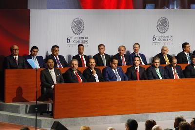 Gobernadores asistieron al sexto Informe.