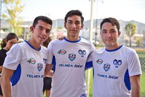 Eduardo, Juan Pablo y Checo