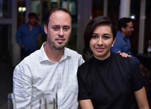 Alberto Ruiz y Talia Romero