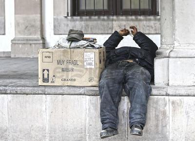 Riesgos. Tanto la calidad como la esperanza de vida se reducen abruptamente en la calle.