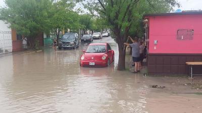 Debido a las inundaciones que se ocasionaron por las fuertes lluvias, en Piedras Negras se activó el Plan DN-III.