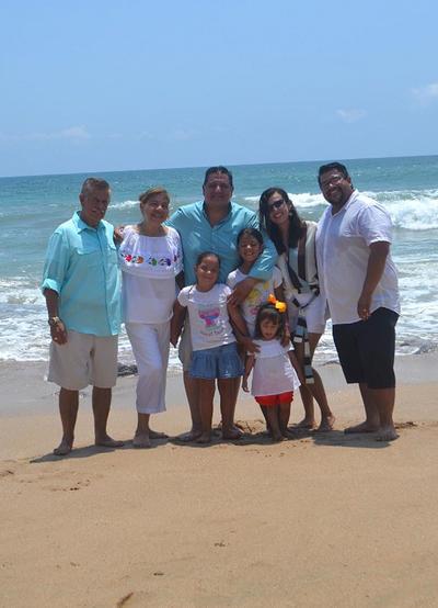 06092018 Familia Moreno en Mazatlán.