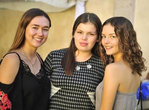 06092018 MUY LINDAS.  Ilsse, Paulina y Luisa.