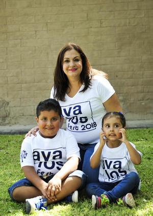 07092018 CONVENCIóN FAMILIAR.  Lupita, Mateo y Paola.