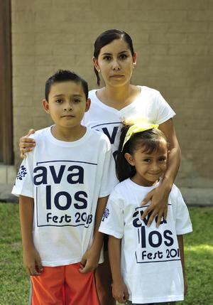 07092018 EN FAMILIA.  Karla, Carlos y Valeria.