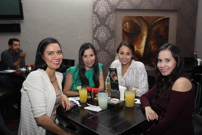 Lizbeth, Paola, Elizabeth y Nora.