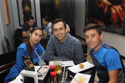 Diego, Joaquin y Natalia.
