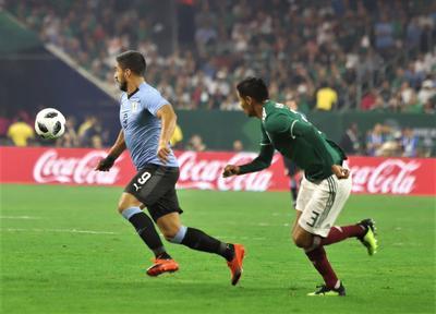 Por su parte, México se vio desconectado del juego a partir de la segunda anotación charrúa.