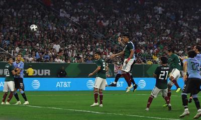 """Bajo el mando de """"Tuca"""" Ferretti, el """"Tri"""" sólo vio el gol del pie de Raúl Jiménez."""