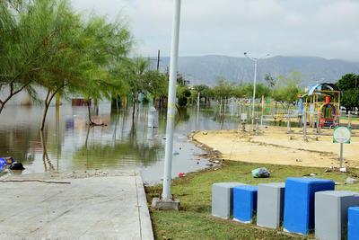 Se agudizan inundaciones en Laguna