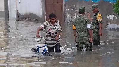 El nivel del agua es alto en la Santiago Ramírez.