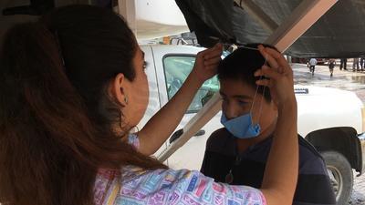 En la colonia Santiago Ramírez se brinda atención médica a damnificados.