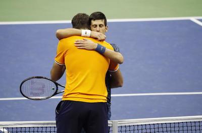 Todo parecía liquidado cuando Djokovic quebró el saque a Del Potro en el segundo juego del segundo set y se puso arriba.