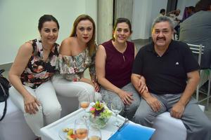 09092018 Angélica, Mónica, Rosario y Héctor.