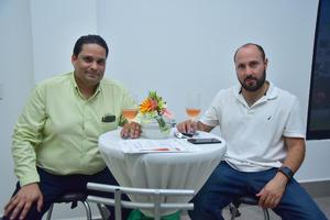 09092018 René y Alberto.