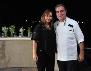 10092018 EN AMENA CONVIVENCIA.  Lorena y  Chef Internacional Efrén Soto.